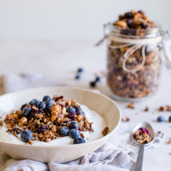 Blueberry & Cashew Granola