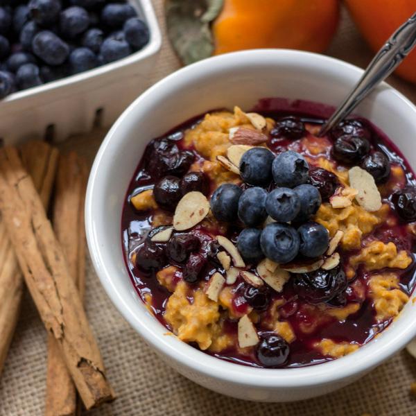 Easy Blueberry Pumpkin Oatmeal